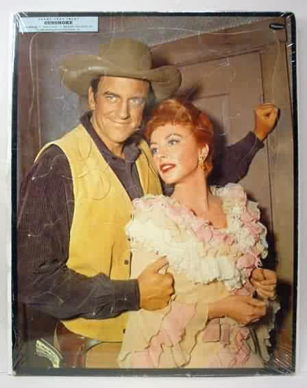 Whitman 442829 Great Full Color Photo Of MATT DILLON With His Arm On MISS KITTY James Arness And Amanda Blake Colors Are Strong Bright Shrunkwrap