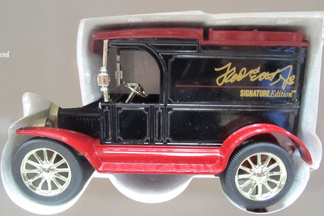3252. Eastwood 47 Years Of Fred Ertl Leadership SIGNITURE EDITION. Approx.  1:32 Scale. 1992 Issue. Includes 1931 HAWKEYE FLATBED With FARMALL 350  TRACTOR ...