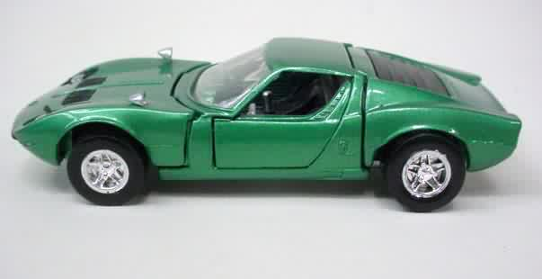 MIURA P400 LAMBORGHINI. Green With Dark Gray Seats. Has The Hot Wheels Logo  On Base. Doors Open. Rear Deck Lifts To View Chromed Engine. Near Mint Plus  To ...