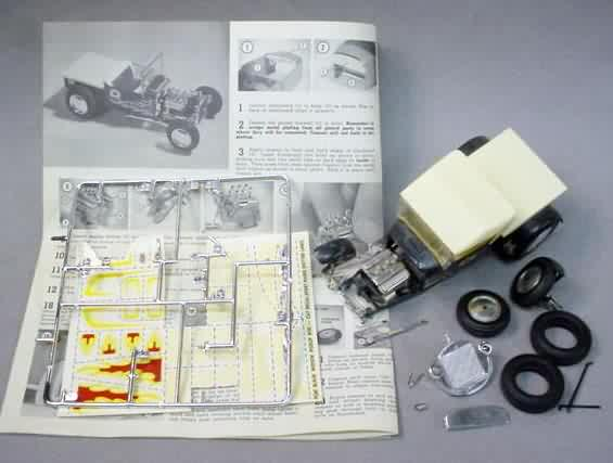 MONOGRAM CAR & TRUCK vintage out of production plastic Model
