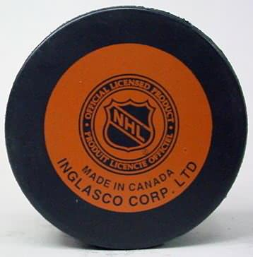 NHL and WHA HOCKEY PUCKS vintage collectible game used and souvenir pucks from Pro leagues for sale